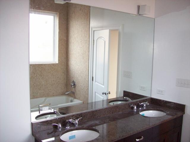 Gương soi nhà tắm